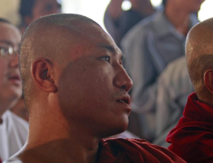 Fangslad aktivist misshandlades