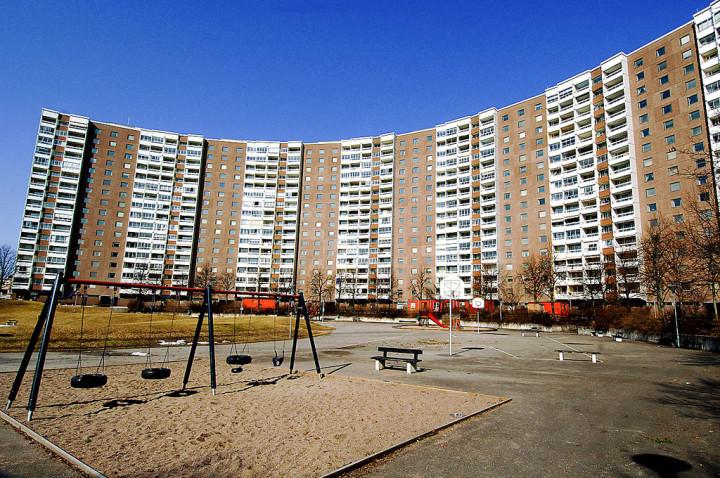 Libyen borjar bygga bostader