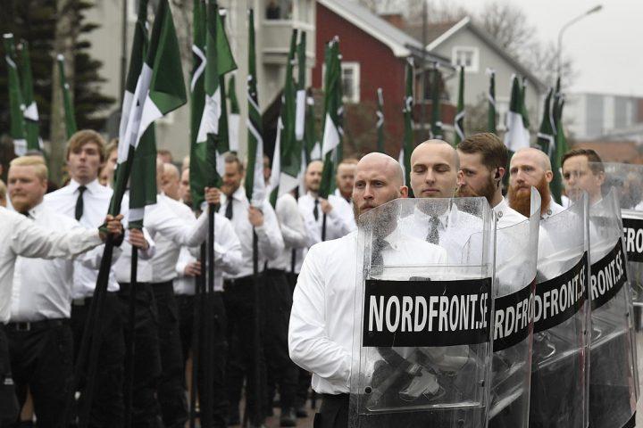 Risken ar att de blir nazister