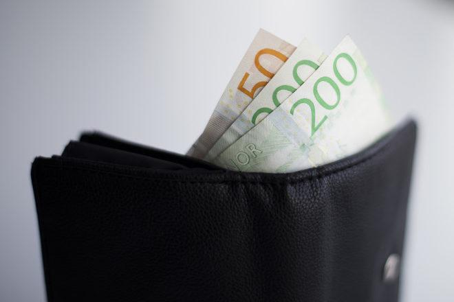 Svart skuldsatta kan slippa betala