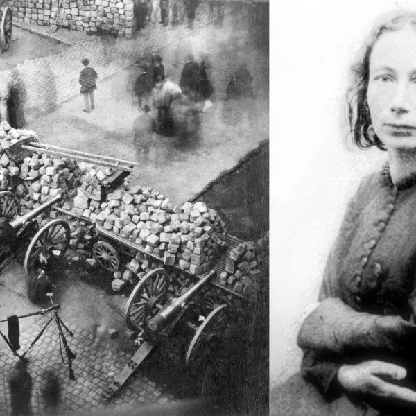Svartvita fotografier. Det ena föreställer en barrikad byggd av gatsten, med kanoner riktade mot andra sidan. Den andra är ett porträtt av Louise Michel, sittande på en stol med armarna om sig själv.