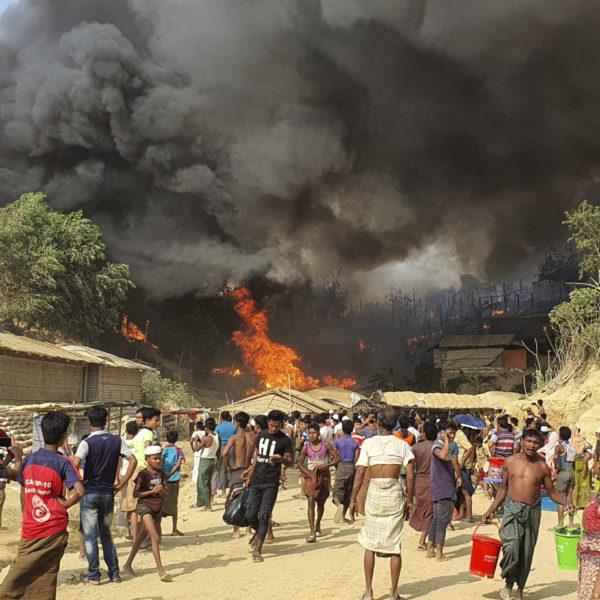 Brand flyktingläger Bangladesh