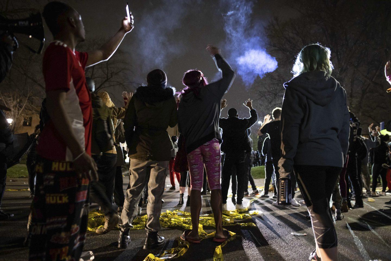Nya protester efter polisens dödsskjutning i Minneapolis