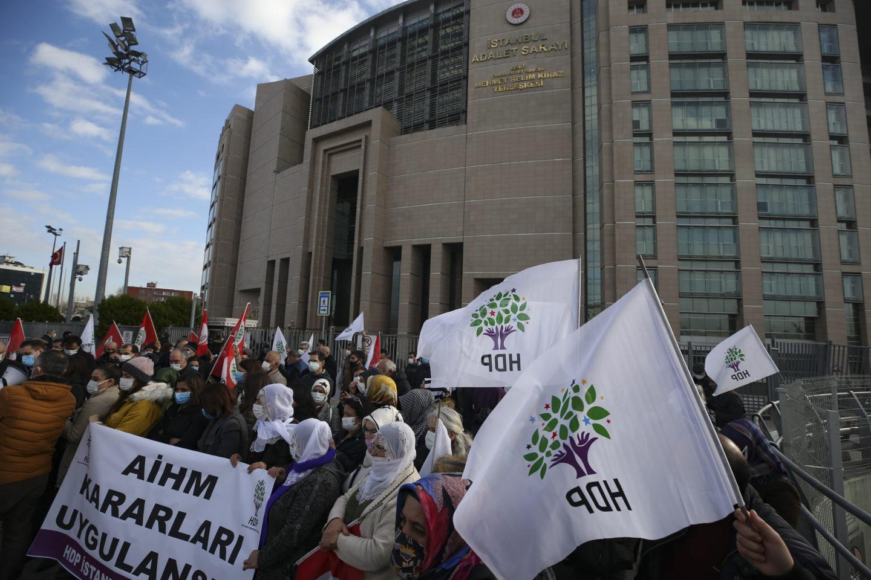 Demonstranter från HDP i Istanbul, Turkiet