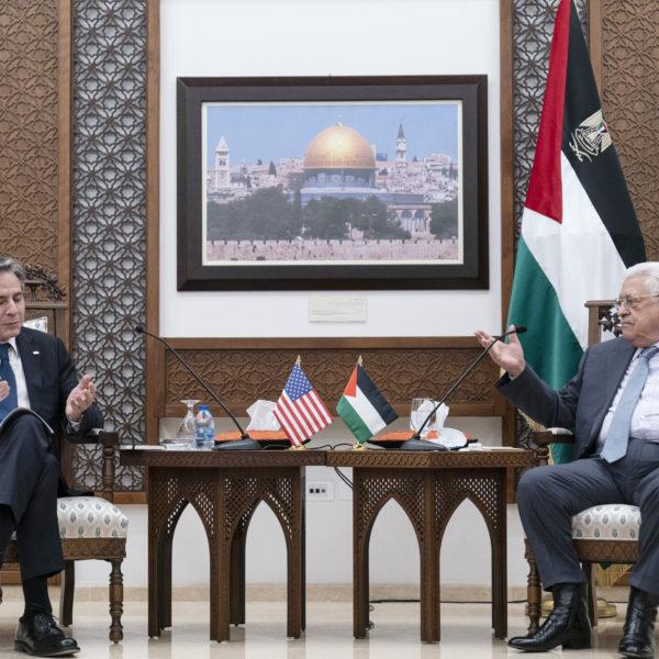 USA:s utrikesminister Antony Blinken och Palestinas president Mahmoud Abbas